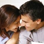 TIPS SUAMI: 8 CARA MEMIKAT HATI WANITA